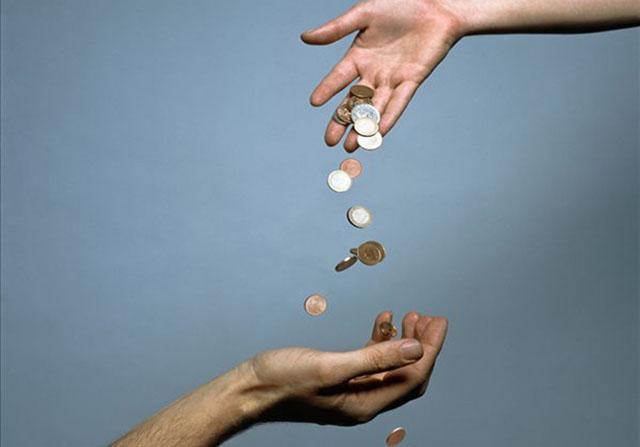 裂变、病毒式营销、快速赚钱都离不开这两点